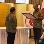 Penghargaan dari Kedutaan Jepang kepada Meguro-sensei